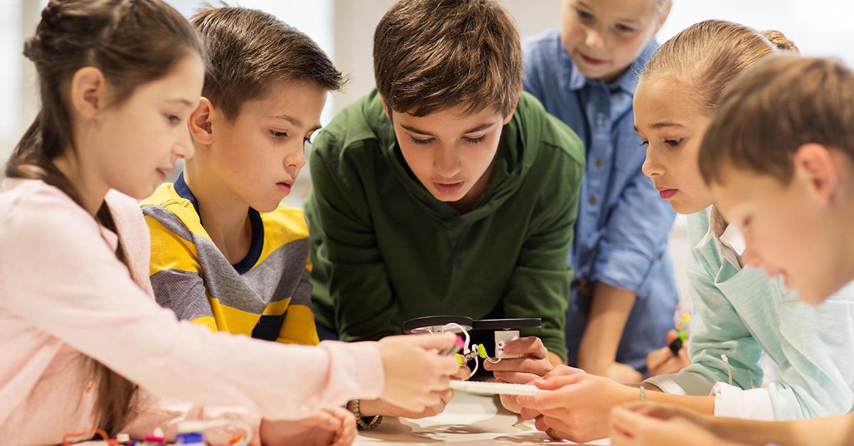 Children learning technology
